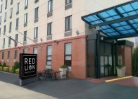 Red Lion Inn & Suites Brooklyn Exterior